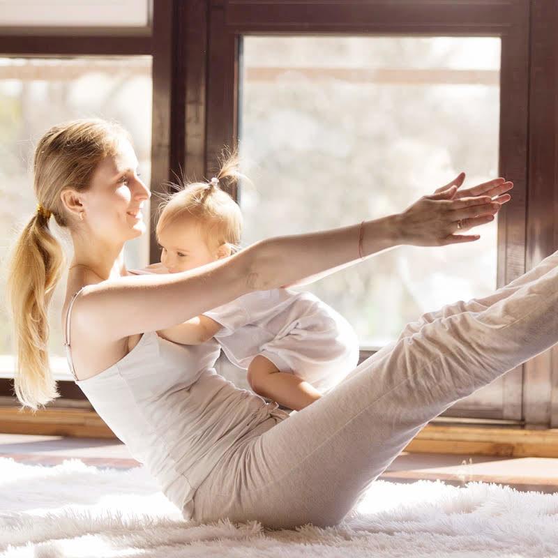 Yoga mamás y bebés premia